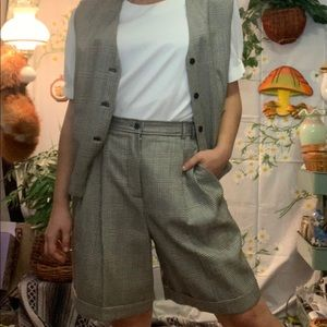 Vintage news boy plaid paper bag shorts vest set